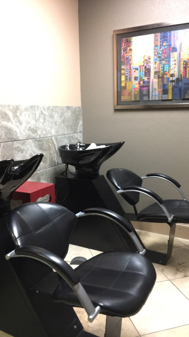 salon & Spa Galleria can help you find the best salon suite for you in the Fort Worth area