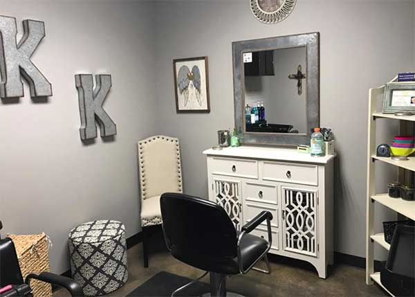 Salon booth lease