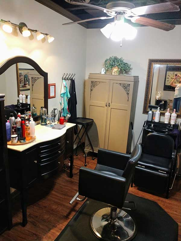 Safety tips for salon booth rentals